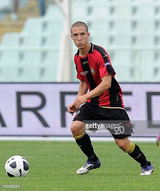 Fabrizio Paghera of Lanciano in action during the Serie B match between SS Virtus Lanciano and Modena FC at Adriatico Stadium on September 29 2012 in...