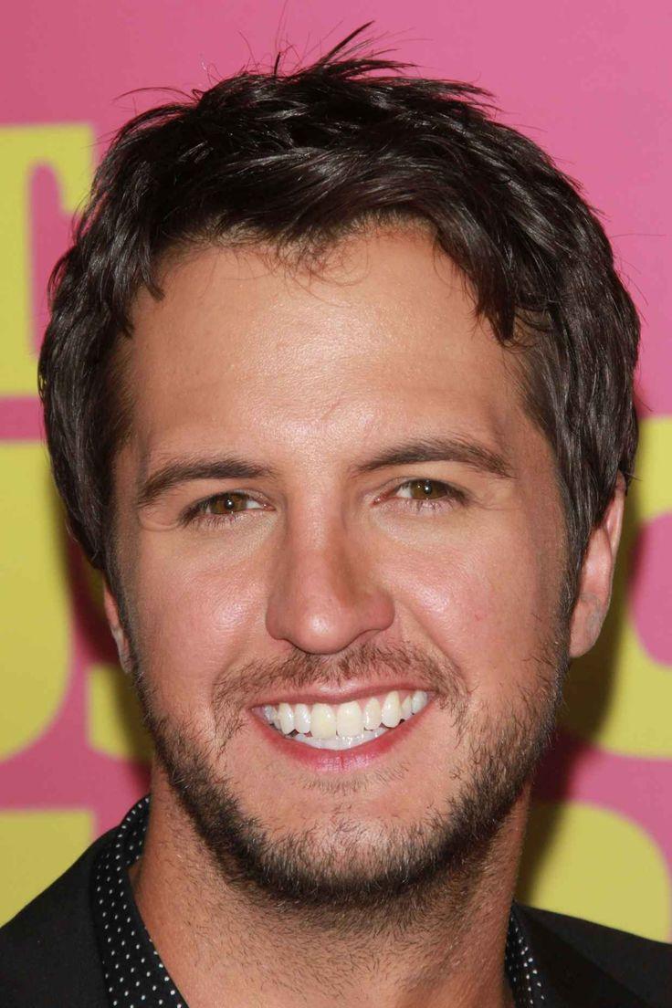Luke Bryan at the 2012 CMT Music Awards  Image: s_bukley / Shutterstock.com
