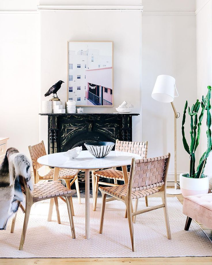 WIN THE LOOK   Together with @harpersproject & @tarapearce we are giving away - 1 x @harpersproject Marble Dining Table $1999 (choose from 1.2m or 1.5m) 1 x @tarapearce Framed Photographic Print $1500 (choose any print from Taras collection) Total value: $3499 HOW TO WIN   1. Regram one of two images (see other in events online link in profile!) 2. Follow & tag @fenton_and_fenton & @harpersproject & @tarapearce 3. #fentonXharpersXpearce Entries close: Sunday 8th Nov at 8pm AEST. The winner…