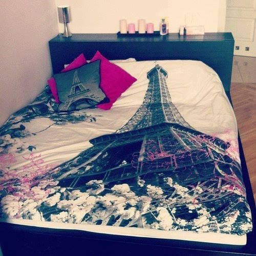 :O. Speeeeechlesss! If only I didn't just get a new bedset :(