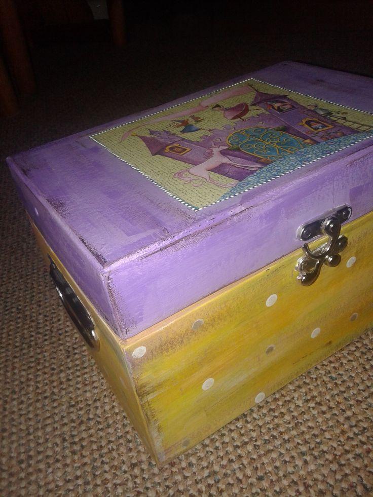 girly box 2b