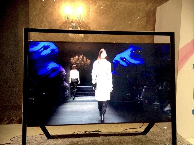 CRES. E DIM. on TV @ SEOUL FASHION WEEK