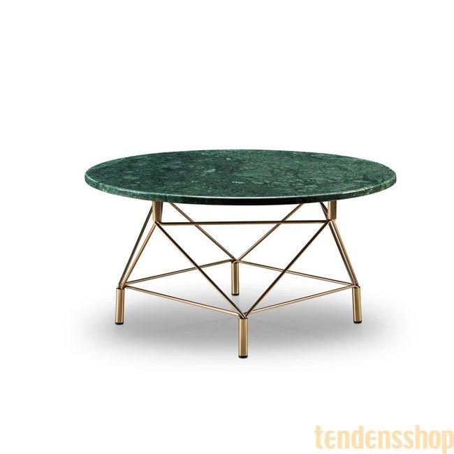 Rigtig flot sofabord fra Eilersen med en meget moderne marmor bordplade der enten fås i grøn eller hvid marmor. #eilersen #spider #sofabord #design #boligindretning