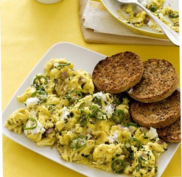 Scramble with goat cheese, breakfast, healthy breakfast, breakfast food,