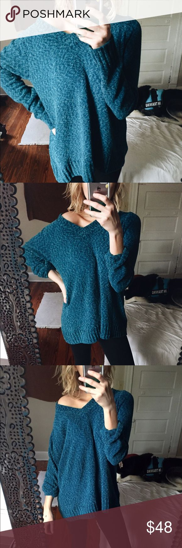 for Kristin – Esmeralda slub knit This is a beautiful velvety cardigan in a teal/turquoise color + sweetheart v neckline. Tags: same day shipping. Not UO. Urban Outfitters Sweaters Crew & Scoop Necks