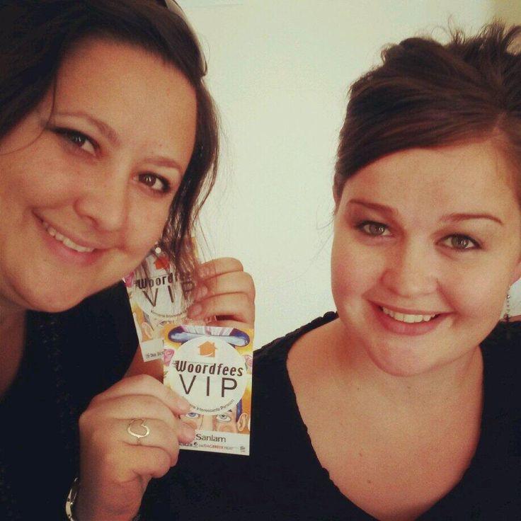 Té lekker by die @LekkeSlaap VIP-lounge by @Woordfees . Die kos is heeeeeeerlik! Dankie julle! @Olga Ko Leonard pic.twitter.com/CQE2G2qO4
