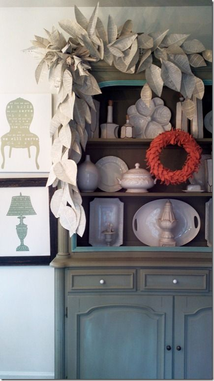 @Nester Smith  I love this hutch!: Repurposed Books Ideas, Paper Garlands, Books Leaves, Fall Decorations, Leaf Garlands, Paper Leaves, Books Pages Garlands, Paper Ideas, Old Books