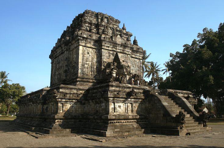 Mendut Temple, near Borobudur, Magelang, Central Java, Indonesia