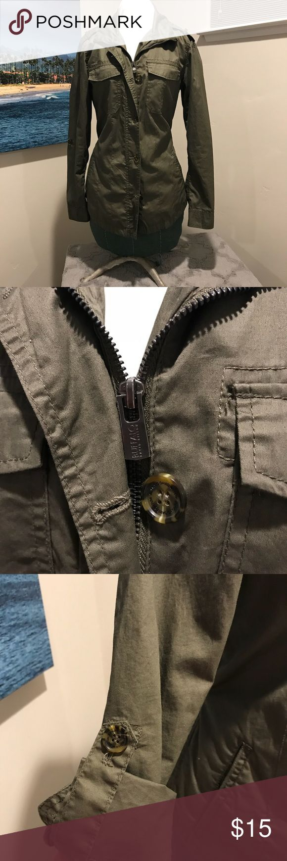 Small Buffalo Anorak jacket in olive green! Lightweight anorak jacket made by Buffalo. Sleeves can be rolled. Jacket has zipper and buttons and front along with pockets. Buffalo David Bitton Jackets & Coats