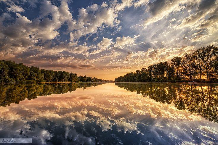 Mirror-mirror by Czakó Balázs on 500px