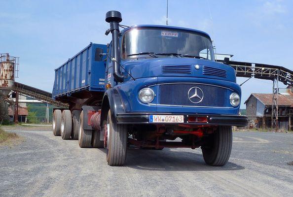 Mercedes LKW Kurzhauber (L1928)