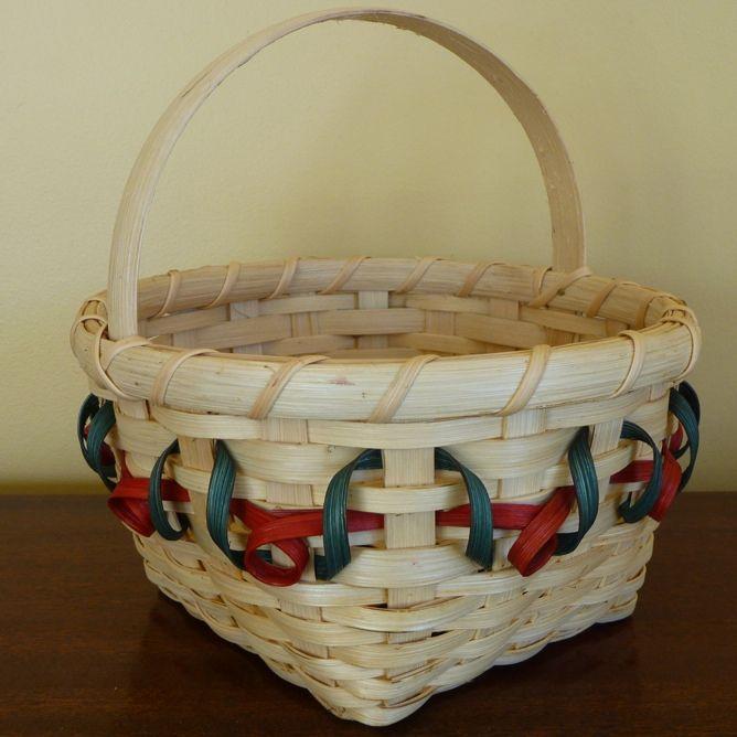 Wood Basket Weaving Supplies : December s free basket weaving pattern the holly berry