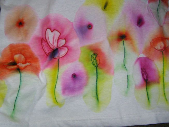 How to make DIY Watercolor Flowers, using Sharpies and rubbing alcohol,  from Pandercraft.