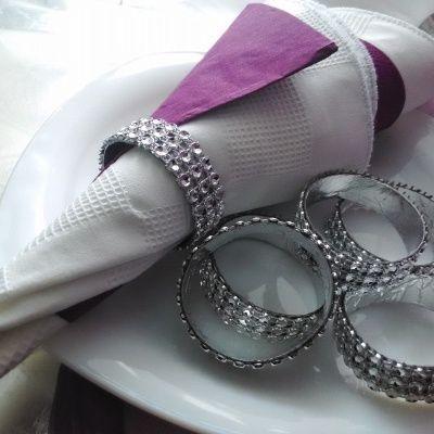 ręcznie wykonane, eleganckie i niepowtarzalne obrączki na serwetki
