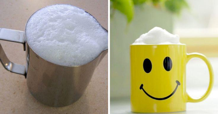 Perfektný trik, vďaka ktorému získate nadýchanú mliečnu penu do vašich obľúbených nápojov. Ato všetko aj bez použitia profesionálnych prístrojov. Doprajte si kávu s nadýchanou penou ako zkaviarne!