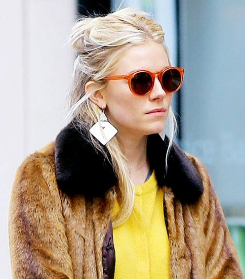 Who What Wear - Stylish Ladies Accessorize -  Sienna Miller