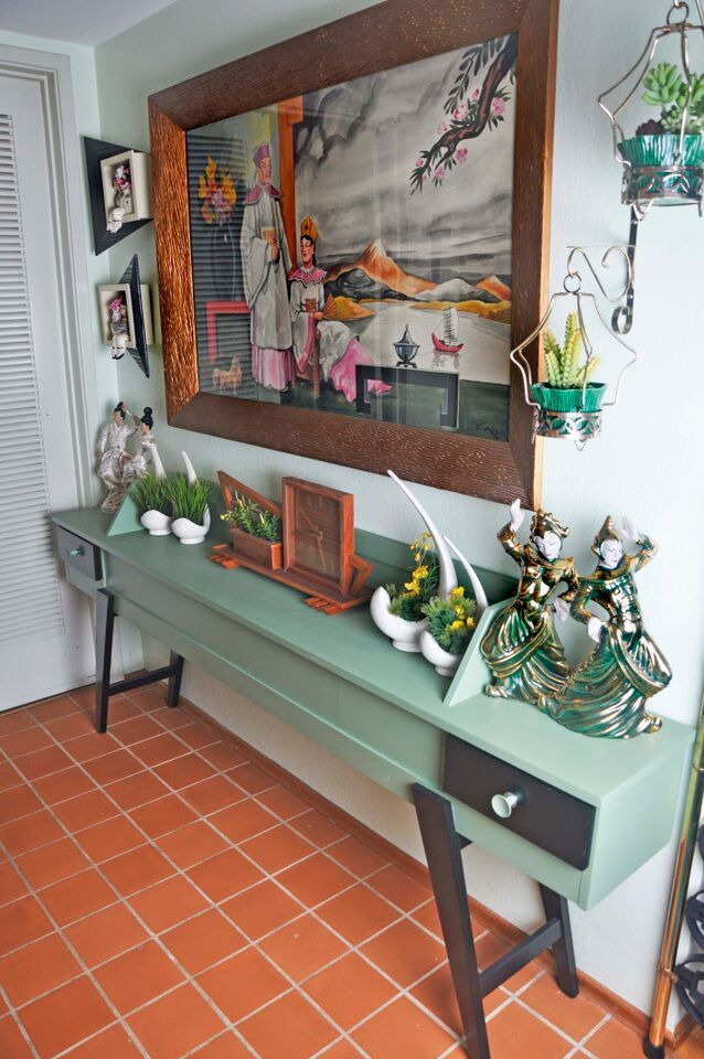 Asian Influenced Mid Century Modern Kitsch Love The Table