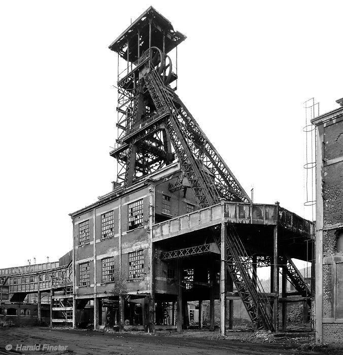 headframe - Coal Mine, Monceau Fontaine No 18,  Charleroi, Belgium   X