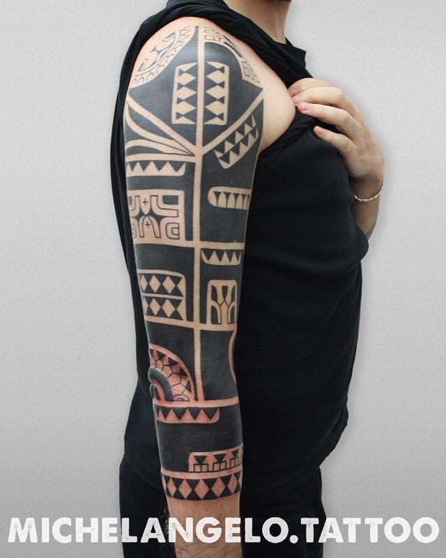 Manica marchesana - Un altro/a manica tatuato/a da Michelangelo - Stile: blackwork, stile marchesano - Tattooing by Michelangelo - Milano, Italia