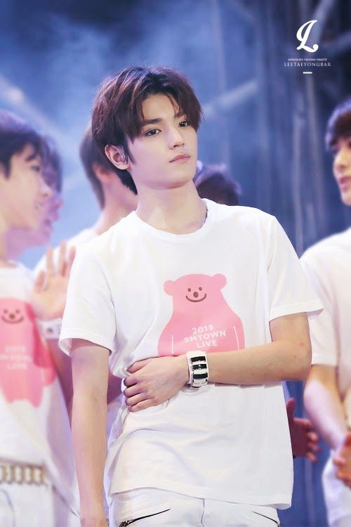Taeyong at SMTOWN Taiwan   All About NCT   Pinterest ...