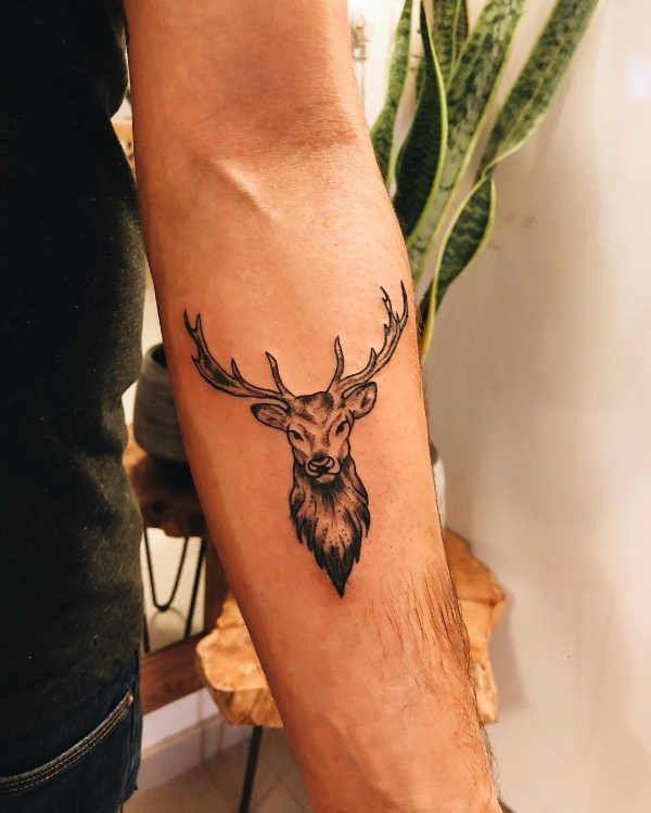 Tatuaż Jeleń Znaczenie Historia 60 Zdjęć Pomysł Na