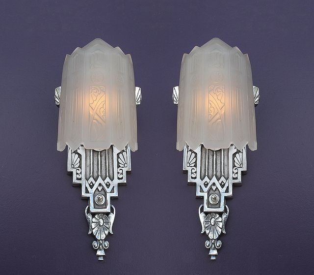 Very rare pair! .  Over the years we have lusted after this Vintage American Art Deco slip shade wall sconce. So rare this is our first pair ever, with over 15 years in the hunt. Has hallmarks of Lincoln Mfg. Co., Detroit. These antique lighting fixtu http://timemart.vn/  http://timemart.vn/305/p/430035/tranh-theu-chu-thap.html
