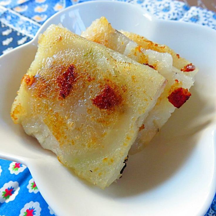 香港正月家庭料理 (香港料理のTadaku料理教室) 蘿蔔糕(大根餅)。 飲茶の本場香港で大人気の點心、日本名で「大根もち」と呼ばれています。