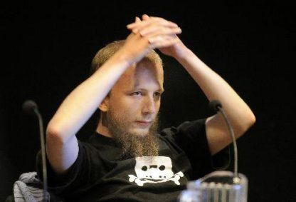 Gottfrid Svartholm Warg, co-founder of the popular file-sharing Pirate Bay website, has been arrested in Cambodia