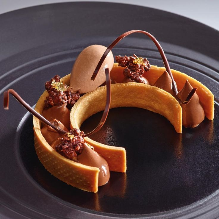 """Beautiful """"Carriacou Tart"""" by L'Ecole Valrhona Corporate Pastry Chefs!"""