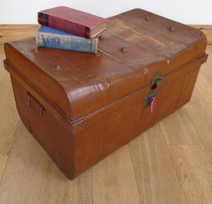 Victorian railway trunk old tin trunk metal chest storage box coffee table vintageretro Metal chest coffee table