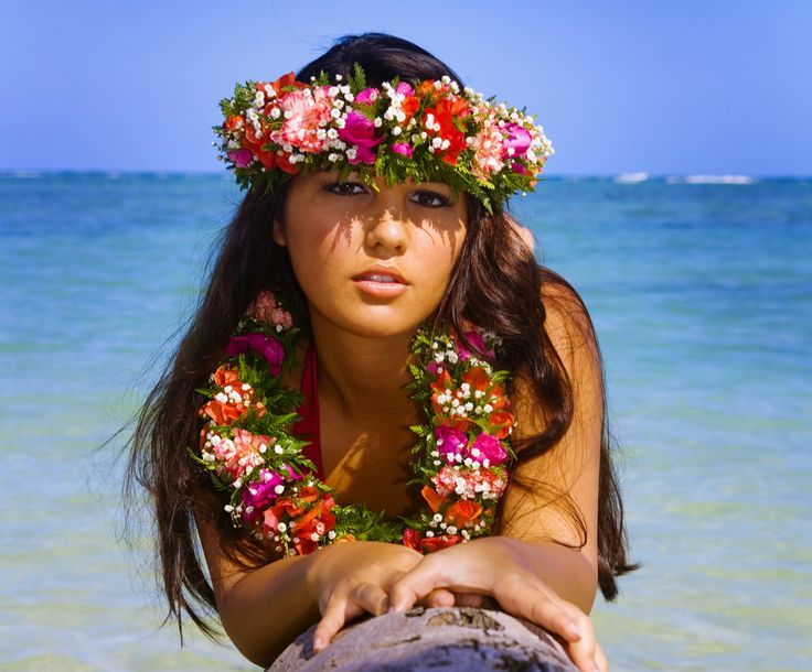 Most Beautiful Polynesian Women  Why Stay In The Cramped -7957