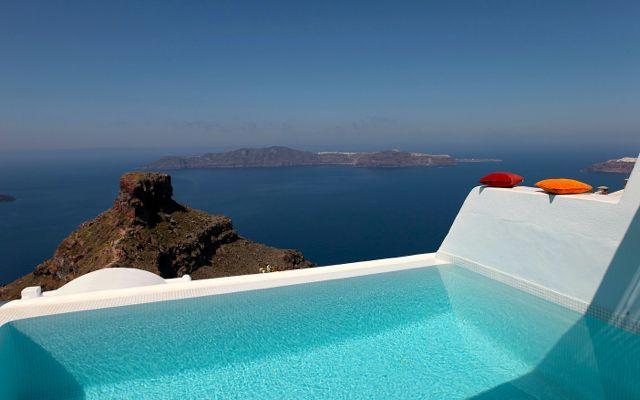 Santorinidave Where To Stay On Santorini Mediterranean Pinterest Greek Islands Travel Destinations And