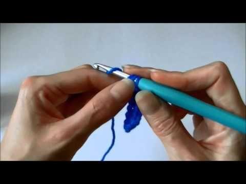 """Basis: Half stokje haken, via het kanaal """"Handwerkles"""" @ Youtube ✤ Het Haak Orakel ✤ www.pinterest.com... ✤ #crochet #free #pattern"""