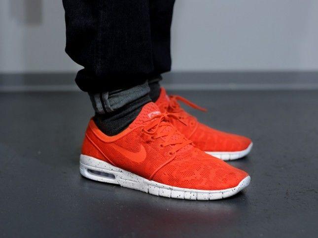 Nike Janoski Max Orange