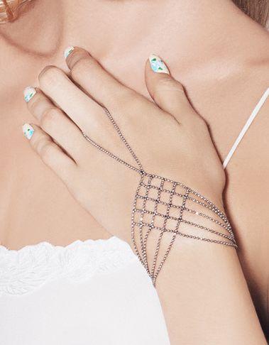 Chain bracelet, I want one!