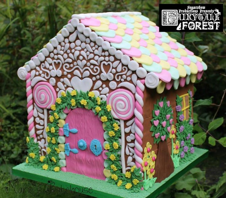 Gingerbread House cake for Fairytale Forest - Cake by Marie's Bakehouse