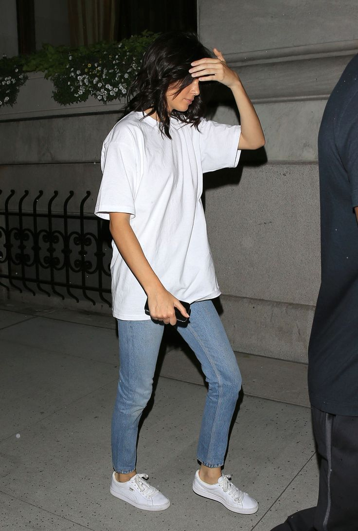 September 09, 2016 - Out in New York City,... Kendall Nicole Jenner Fashion Style