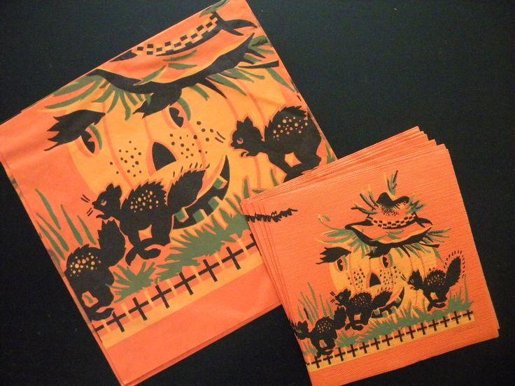 Best 25 halloween tablecloth ideas on pinterest for Halloween cloth napkins