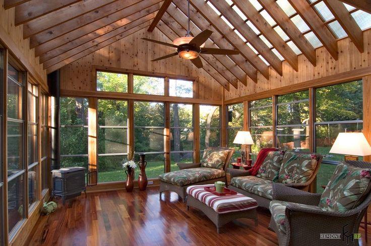 Сводчатый стеклянный потолок