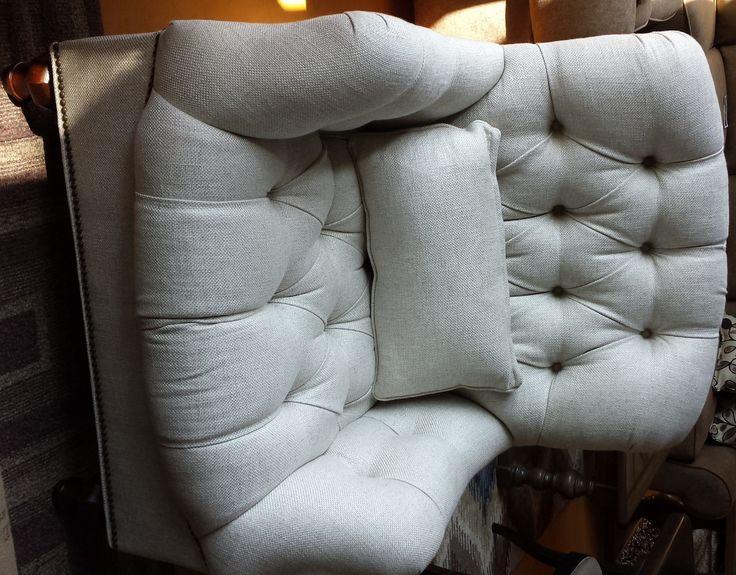 #Thomasville Walden Chair Sales | Linen Living Room Furniture In Charleston