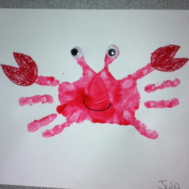 Handprint Crab craft for pre-schoolers