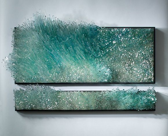 静ひつさとどう猛さをあわせ持った美しさが印象的……風や海をガラスで表現したアート作品 | Pouch[ポーチ]