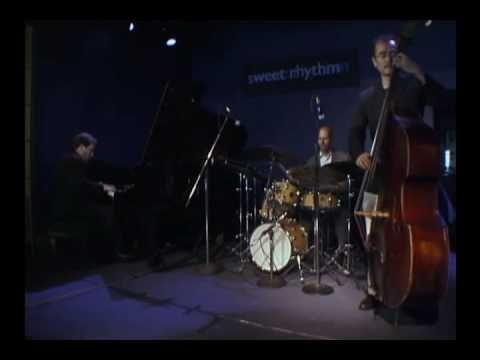 Example of a Jazz Trio #weddingmusic #jazztrio || Piano, Drums and Double Bass || Jazz Piano Trio: New York Weddings & Events