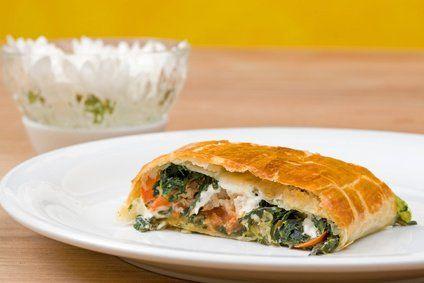 Blattspinat-Schafkäsestrudel  ein perfekts Vegetarisches Rezept.