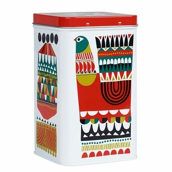 Conceal unwanted clutter with the Marimekko Kukkuluuruu Tin. From knick knacks at the office, to snacks in the kitchen and even toiletries in the bathroom, any space can benefit from a tin storage system. Marimekko Kukkuluuruu Large White/Green/Red Tin