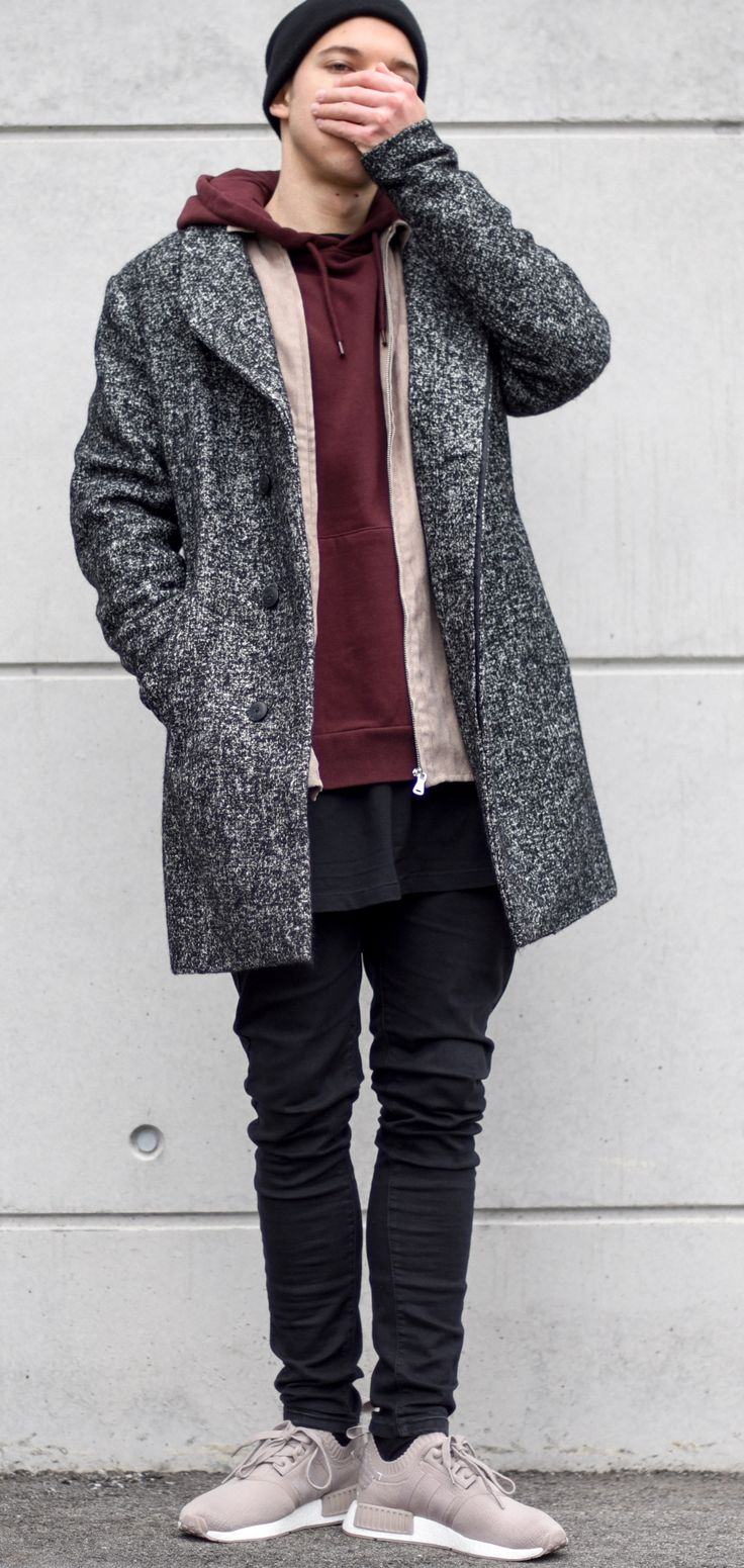 gimme that chocolate. today im wearing a coat by @jackandjones, darkbrown hoodie by @topman, fake suede shirt by @asos, longline tshirt by @hm, basic denim by @bershkacollection and shoes by @adidasoriginal --- Follow Me On Instagram As Well https://www.instagram.com/achmedlachned/ --- #nmd #beige #taupe #outfit #tan #jackandjones #coat #winter #jacket #streetsyle #brown #topman #hoodie #chocolate #bershka #layer #adidas #asos #ootd #hm #simple #men #fashion #trend #style #austria #vienna…