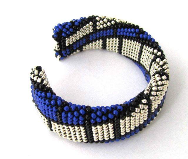 WEBSTA: #handmade #bracelet #beads #beadedbracelet #beadcrochet #handmadejewelry #handmadejewellery #glamour #glamourstyle #bangle #jewellery #seedbeads #musthave