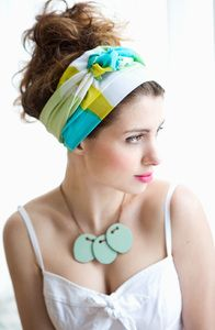 Loving this summery scarf for bad hair days