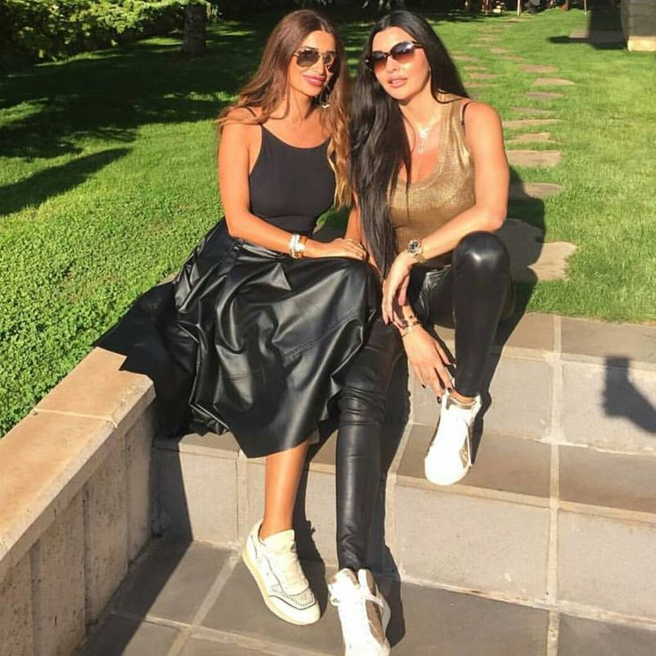 "Gefällt 158 Mal, 2 Kommentare - Lebanese Girls in leather (@shinybeauties.lb) auf Instagram: ""@lamittafrangieh leatherpants #girlinlatex #lebanesegirls #instalebanese #tightleather…"""