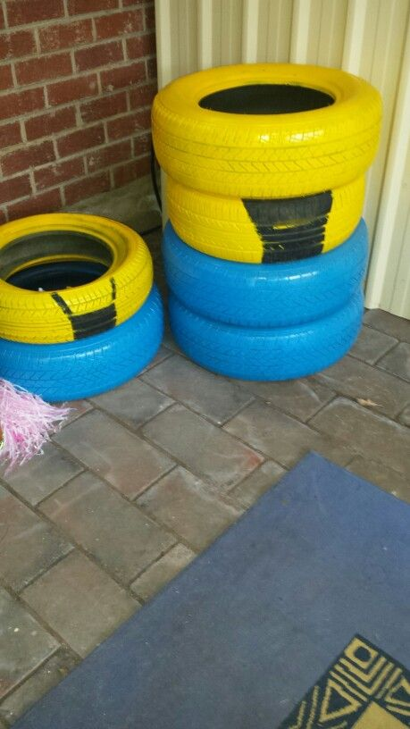 Getting there, shopping list... 1 more can of blue paint, 1 more small tyre, black paint small tub.